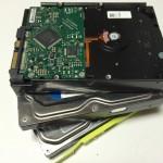 余ったハードディスクを、HDDケースで有効活用。裸族のカプセルホテル「CRCH35U3IS」