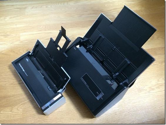 iX500とS1300iの広げたサイズ比較